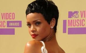 Rihanna – énekesnő