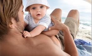 Hogyan ápoljuk a gyermekek haját a strandszezonban?
