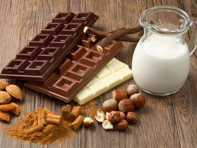 156700 ét, tej és fehér csoki