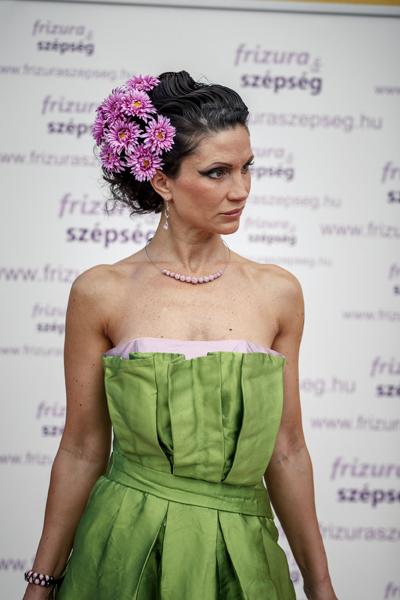 Camilla zöld ruha fél alakos IMG_5812-874