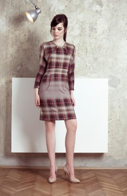 4ENIHORN_LOOKBOOK_GOLIGHTLY dress front