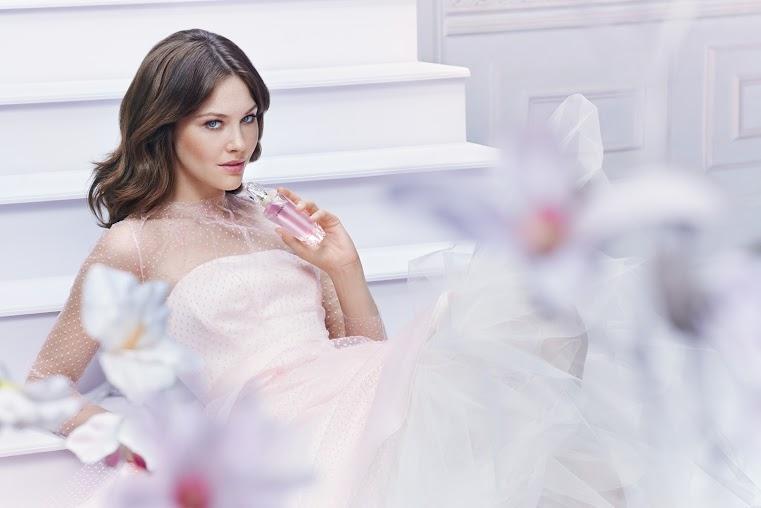 Avon Dreams parfüm 4099 Ft 05611 MOOD 3