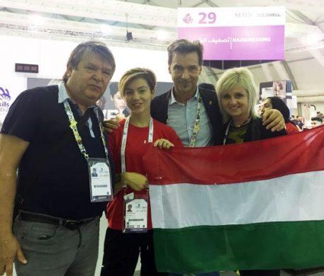 Gratulálunk! Hajas Laci aranykoszorús mester lett! Laci az idei szakmák versenyéről is beszámolt nekünk.