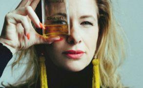 Lipovszky Csenge illatesztéta tippjei – Karácsonyra hangolódás az illatokkal