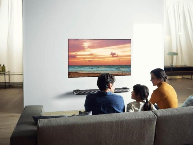 Így óvjuk a szemünket tévénézés közben