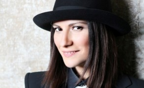 Laura Pausini frizuraszemlén